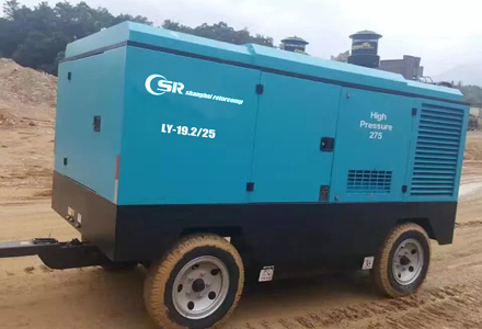 diesel-portable-screw-compressor-6.jpg